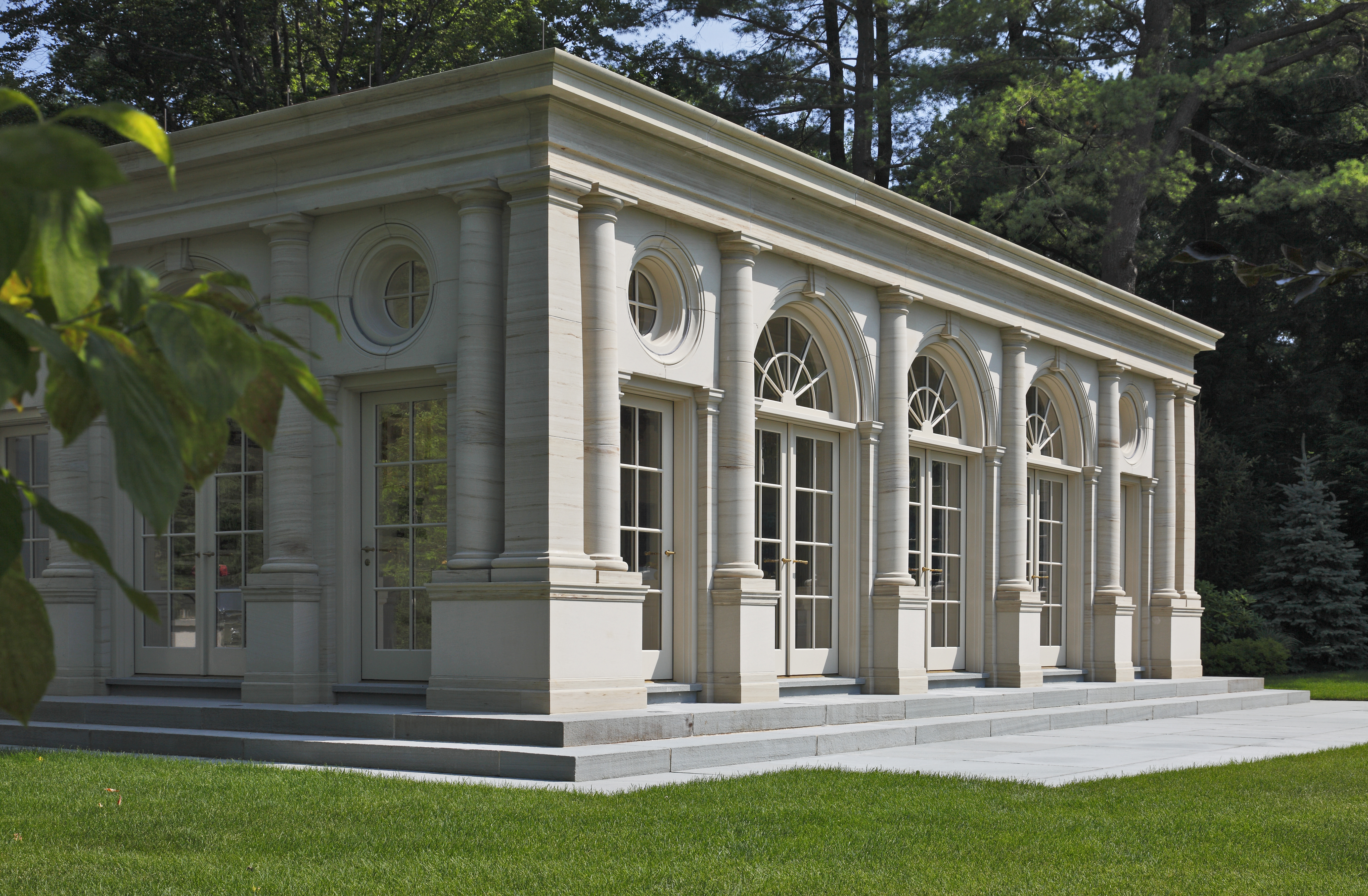 The 2010 bulfinch award winners new england chapter for Classical houses